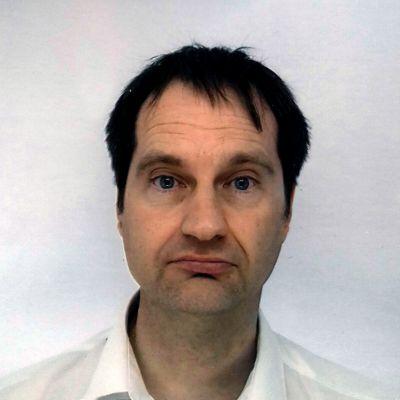 Dr Ian Beadham