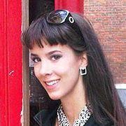 Anna, Journalism student