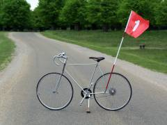 Bicycle made from discarded golf clubs highlights 21st Century swing to cycling as leisure activity for middle-aged men