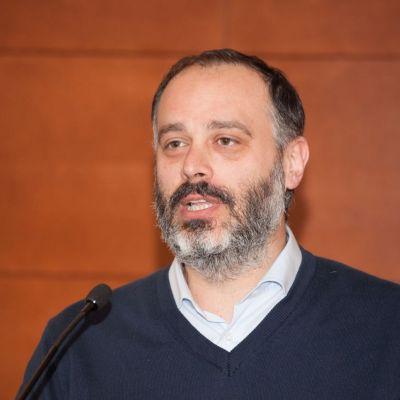 Dr Andrea Marcellusi
