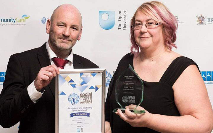 Inspirational Kingston University student and teacher picks up top honour at Social Worker of the Year Awards