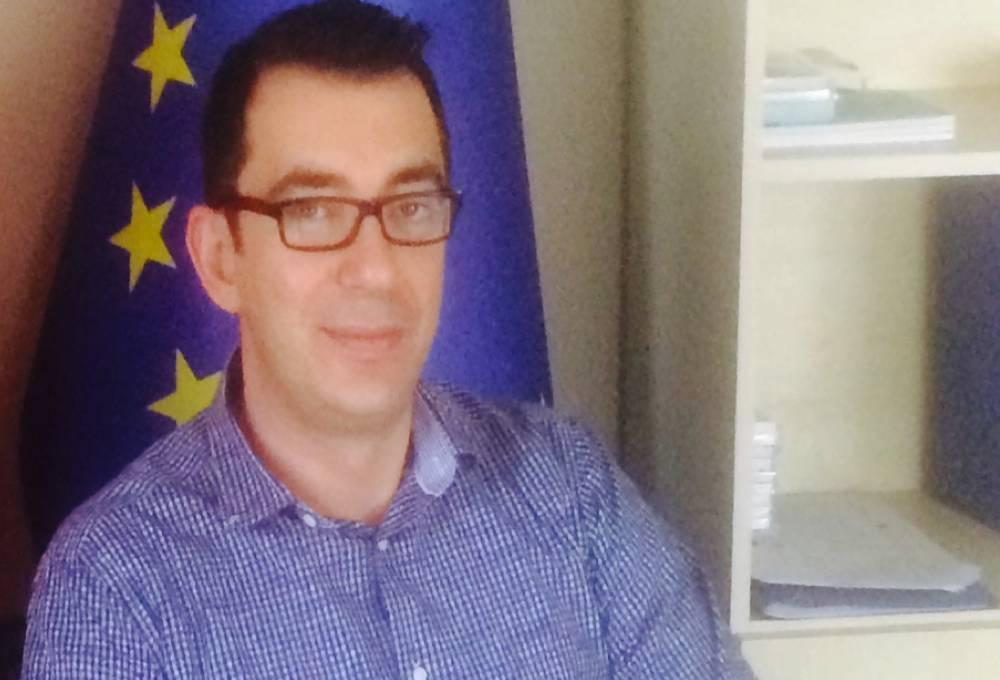 Dr Yannis Pierrakis