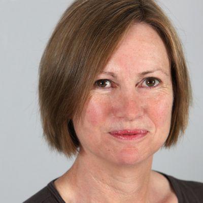 Mrs Patricia Harris