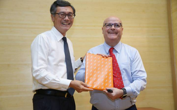 Kingston University expert shares teaching expertise and research knowledge as educator in residence at National University of Singapore