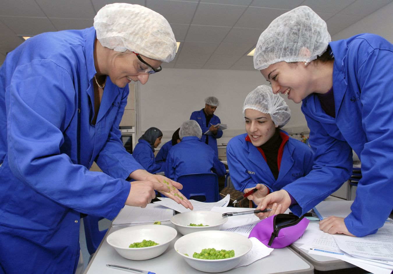 Kingston University's nutrition course is top of the table in England and Wales for student satisfaction.