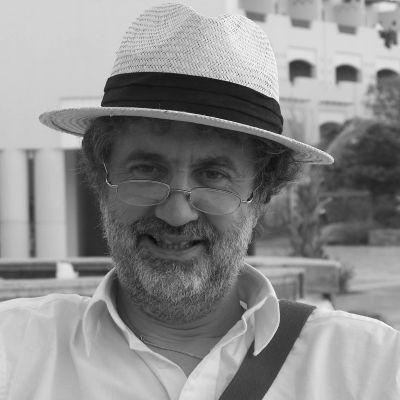 Dr Ron Roberts