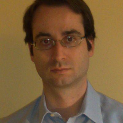 Dr Riccardo Vecchiato