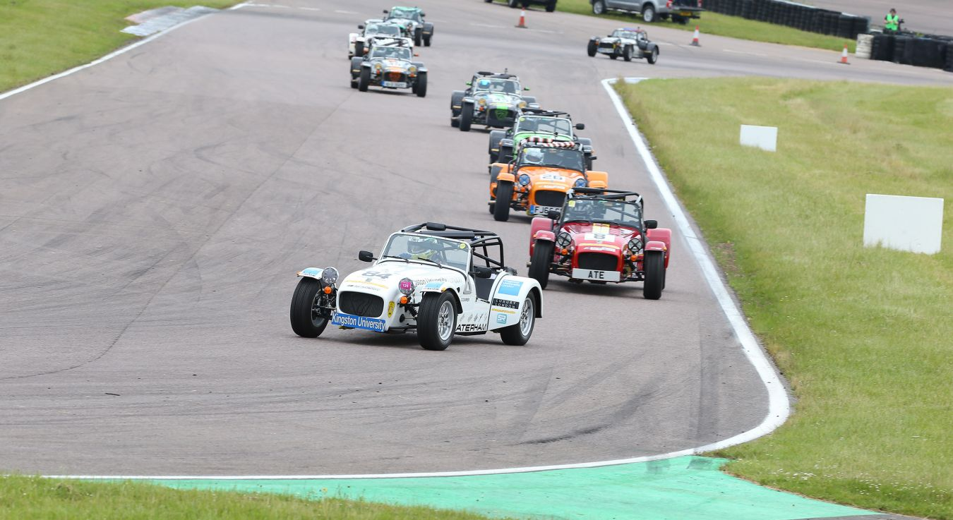 Kingston University\'s Caterham car in action on the race track. Image: SnappyRacers.com