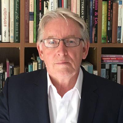 Dr Thomas Flynn