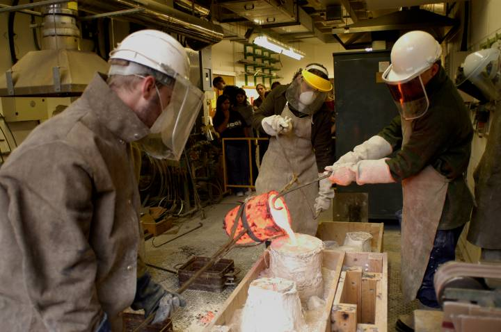 Bronze casting / sculpture workshop