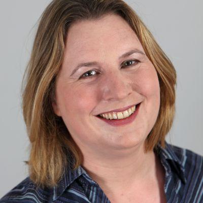 Dr Elena Fitkov-Norris