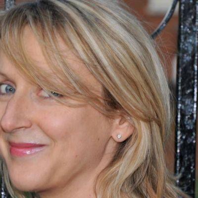 Dr Wendy Vaizey