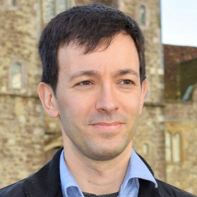 Dr Pedro Barra