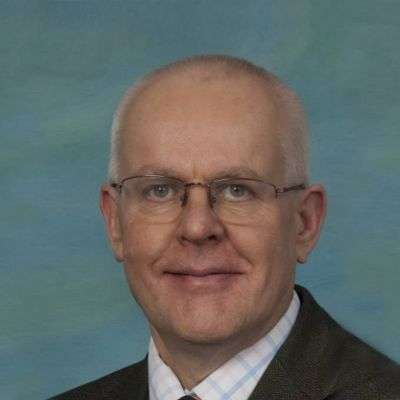 Dr B. Steve Robinson