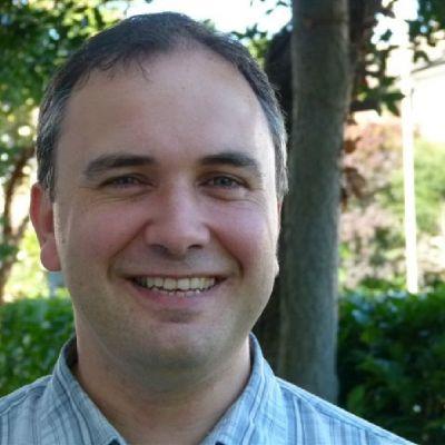 Dr Jeremy Nuttall