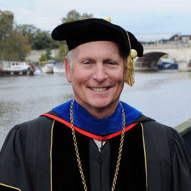 Dr Philip L Dubois HonDArt