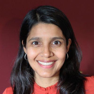 Dr Mayra Ruiz Castro
