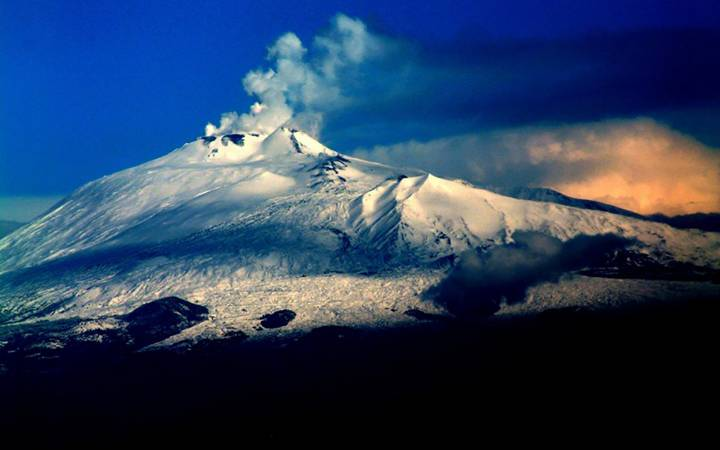Etna's volcanic awakening shines the spotlight on new volcanic research at Kingston
