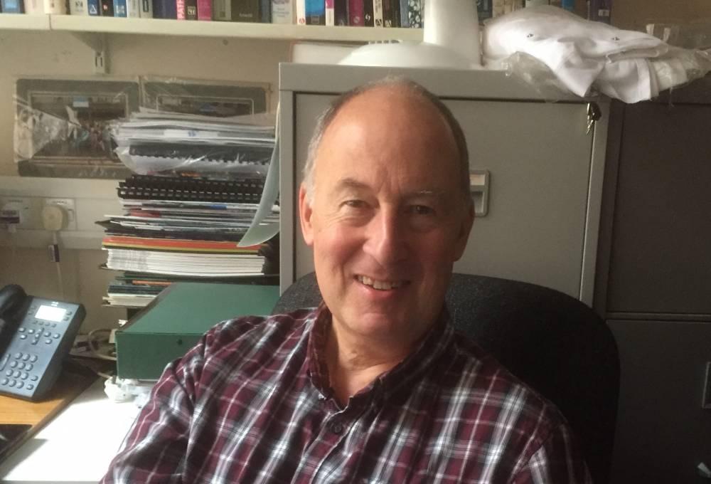Dr Alan Seddon