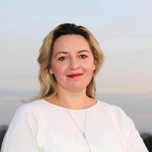 Dr Vladlena Benson