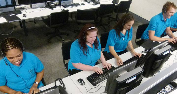 Eager applicants hit the phone lines to snap up final Kingston University course places as Clearing kicks off