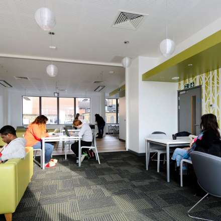 Kingston Bridge House halls common room - space to relax and study