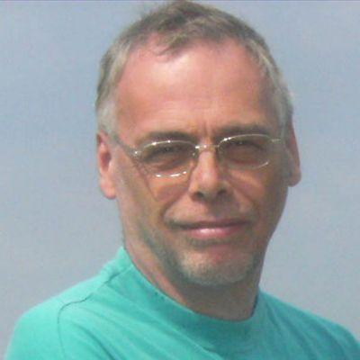 Dr Robert Mellor