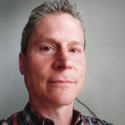 Dr Jim Reynolds