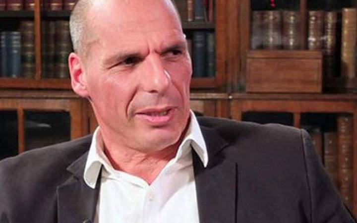 Former Greek finance minister Yanis Varoufakis contends madness and conflict of Shakespeare's characters can humanise economics in Kingston University lecture