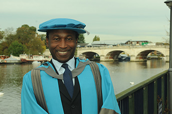 Leslie Thomas collected his honorary degree at a ceremony at Kingston's Rose Theatre.