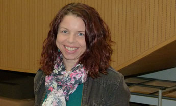 Dr Emma Russell from Kingston Business School is behind the research into email habits.