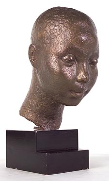 Gordine drew her inspiration from her travels across the globe, producing the sculpture African Head between 1928 and 1929.
