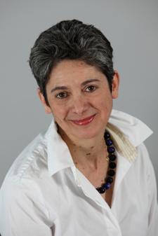 Dr  Francesca  Dall'Olmo Riley