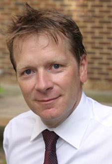 Dr  Paul  Dixon